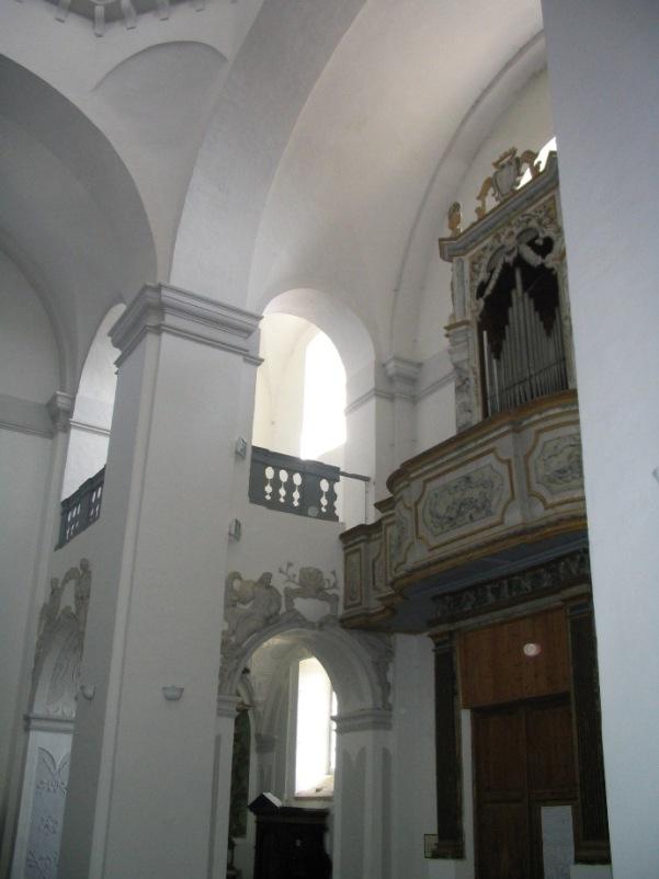 Interno chiesa di Santa Lucia