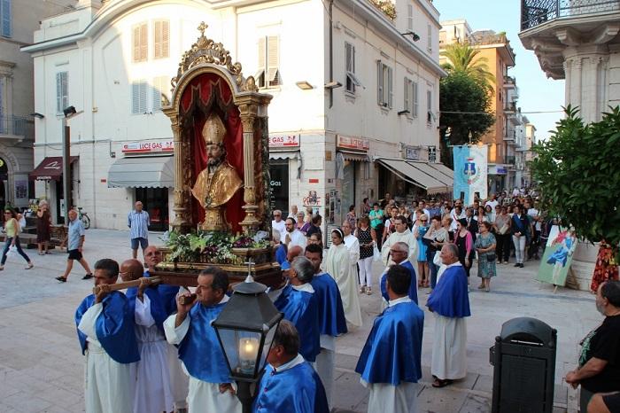 Processione San Paterniano