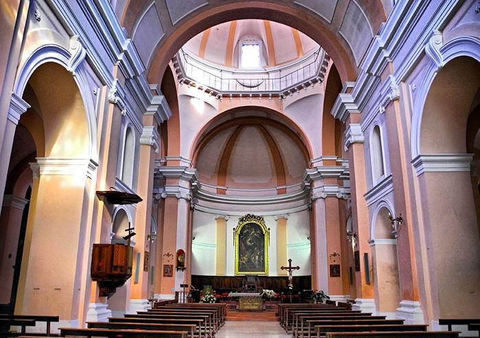 San Pio: navata centrale e cupola