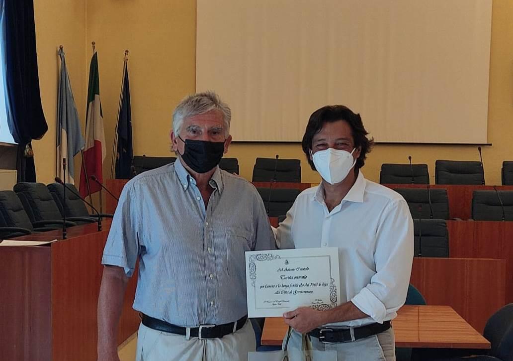 Antonio Curatolo con il sindaco Piergallini